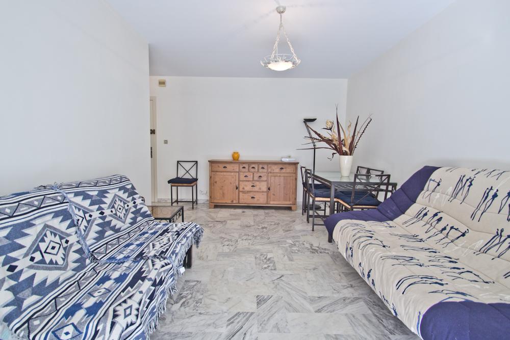 Appartement 1 chambre louer cannes secteur carlton martinez cm maje cannes accommodation - Prix chambre carlton cannes ...