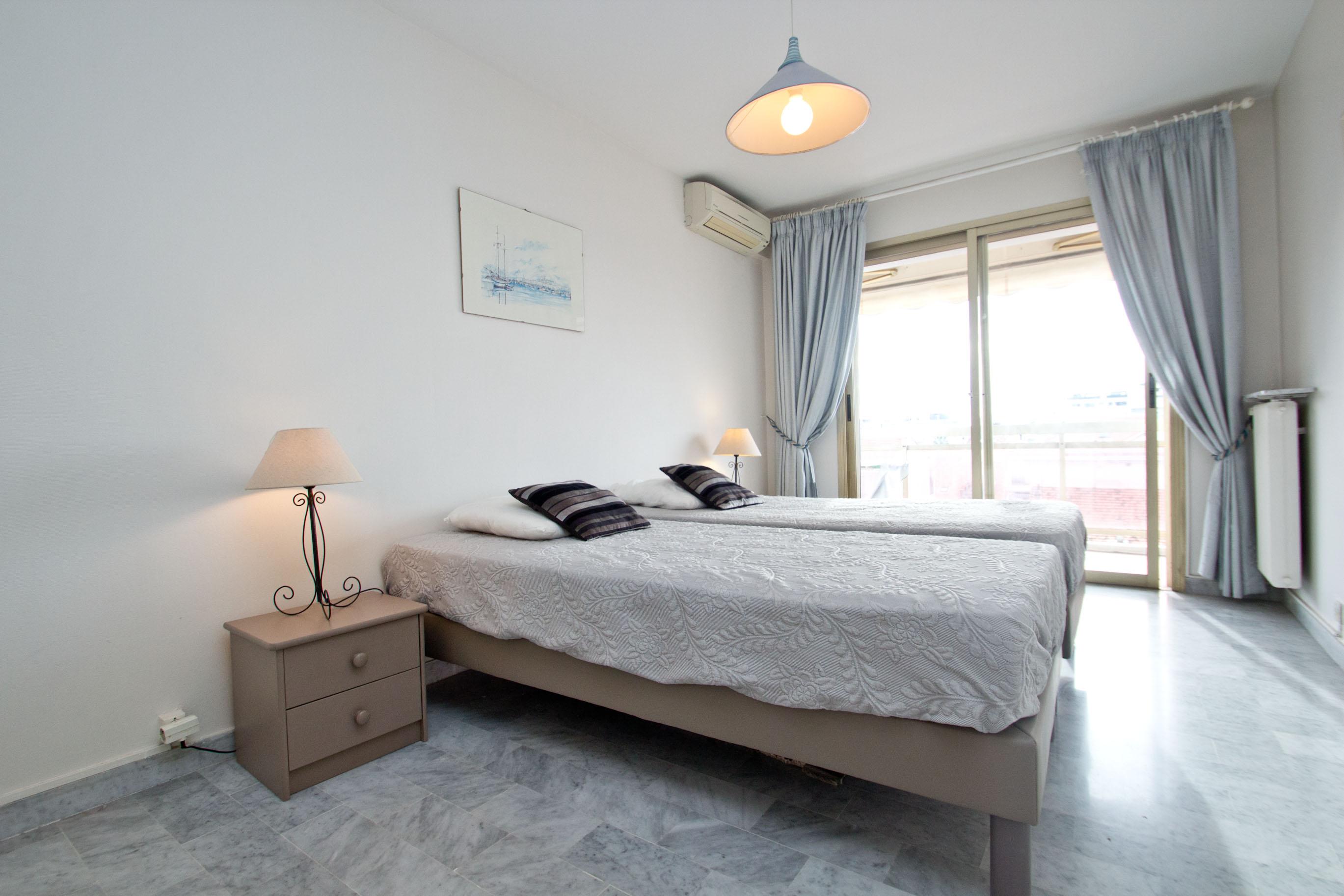 Appartement 2 Chambres Louer Cannes Secteur Carlton