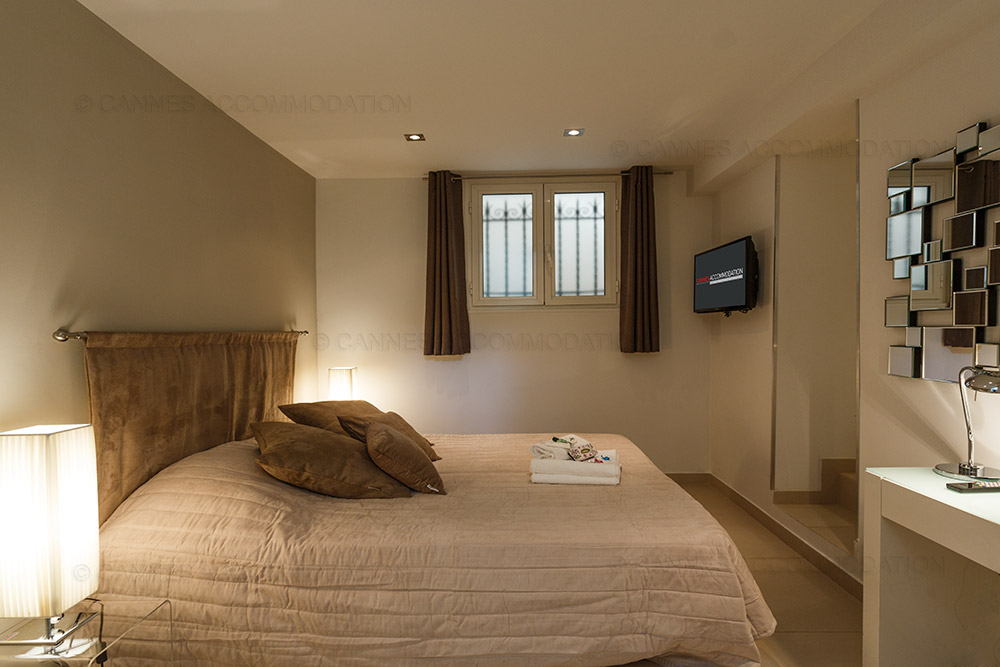Villa 5 chambres louer cannes grand hotel villa for Louer chambre hotel