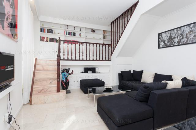 Cannes Film Festival 2020 apartment rental D -76 - Hall â?? living-room - Anisa