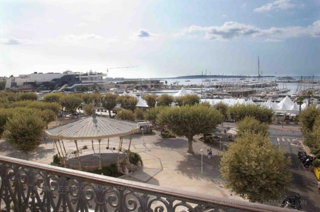Cannes Film Festival 2020 apartment rental D -76 - Exterior - Carrousel 4