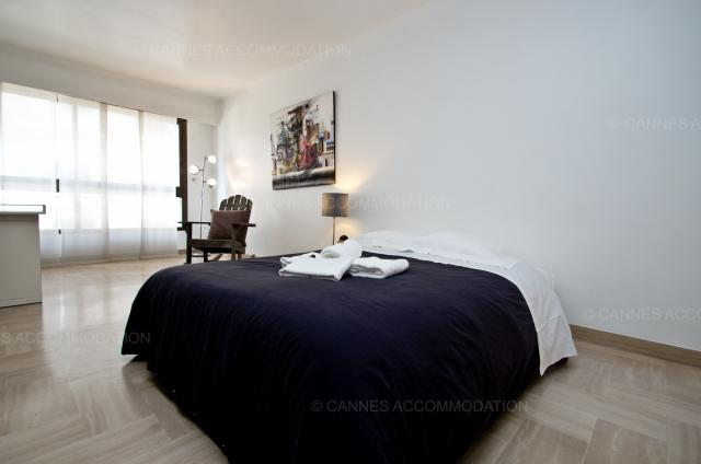 Location appartement Cannes Lions 2020 J -154 - Details - GRAY 2I1