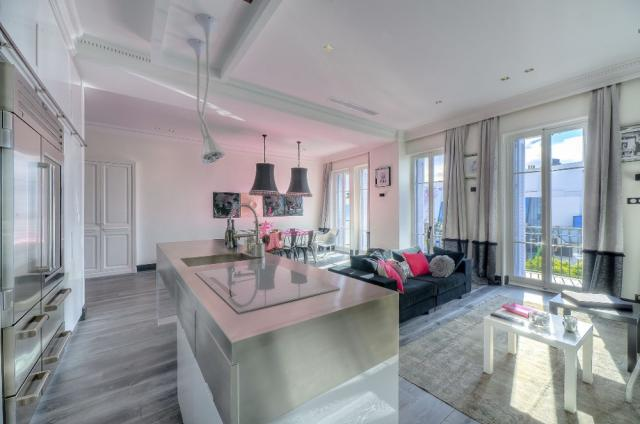 Location appartement Cannes Lions 2020 J -154 - Details - Zebra